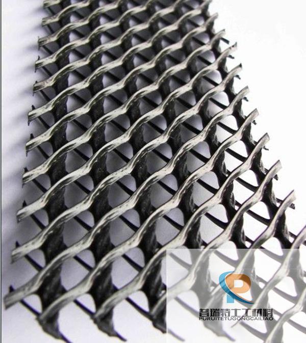 三维复合排水网网芯